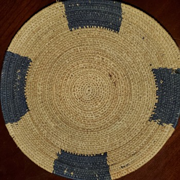 Unknown coil (?) basket - Furniture