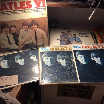 Meet The Beatles.  - Records
