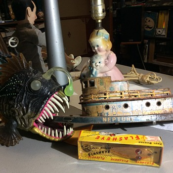 My Great Uncle Zellmo 's Ship , The Nep-Tunes - Toys