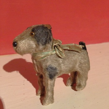 "A old tiny little dog ""3 Inches high"" - Dolls"