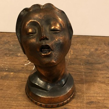 Deco lady's head table lighter - Art Deco