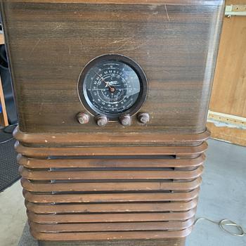 Zenith long distant radio - Radios