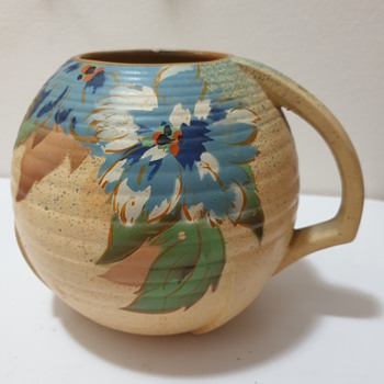 Made in England vessel with handle No. 1150 - Pottery