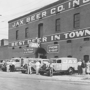No JAX at  Tujaques  - Breweriana