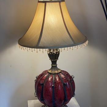 Red globe lamp with 2 lights and cast iron detail  - Lamps