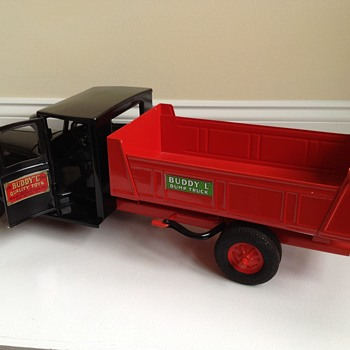 Buddy L ( junior line ) dump truck 1931-1932 type II . Restored  - Toys