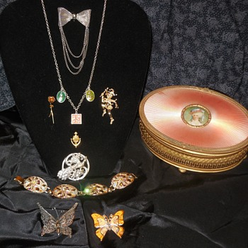 The First Flea Market Finds Of August! Jewelry And A Box To Put It In! :^D  More Things Next Post!  - Fine Jewelry