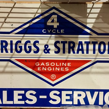 Briggs and Stratton Service sign - Petroliana