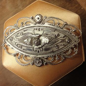 Navette peasant silver brooch - Fine Jewelry