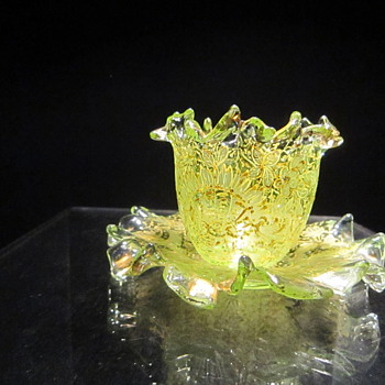 Finger Bowl (?) - Art Glass
