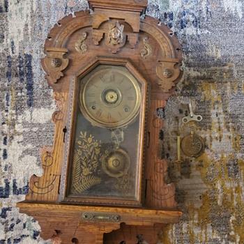 VINTAGE SETH THOMAS KING BEE 8 DAY HALF HOUR SLOW STRIKE CATHEDRAL GONG CLOCK - Clocks