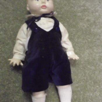 Just found when cleaning out my Grandmothers Home need info - Dolls