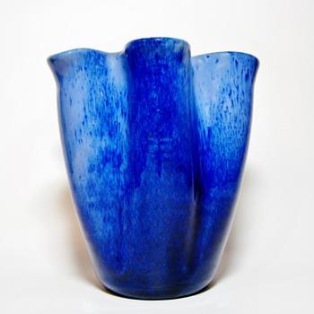 VICKE LINDSTRAND FOR UPSALA EKEBY - SWEDEN - Pottery
