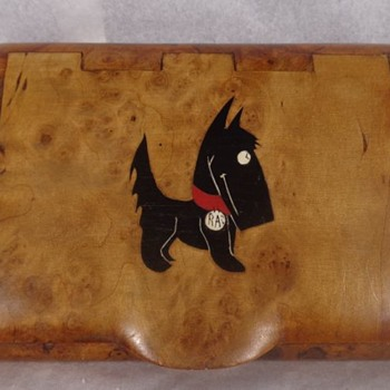 Russian Karelian Burl Hinged Cigarette Box Scotty Dog