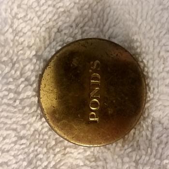 Vintage Rouge ; Ponds Inc. N.Y. packed by Chesebrough . Ponds Inc. N.Y.  - Accessories