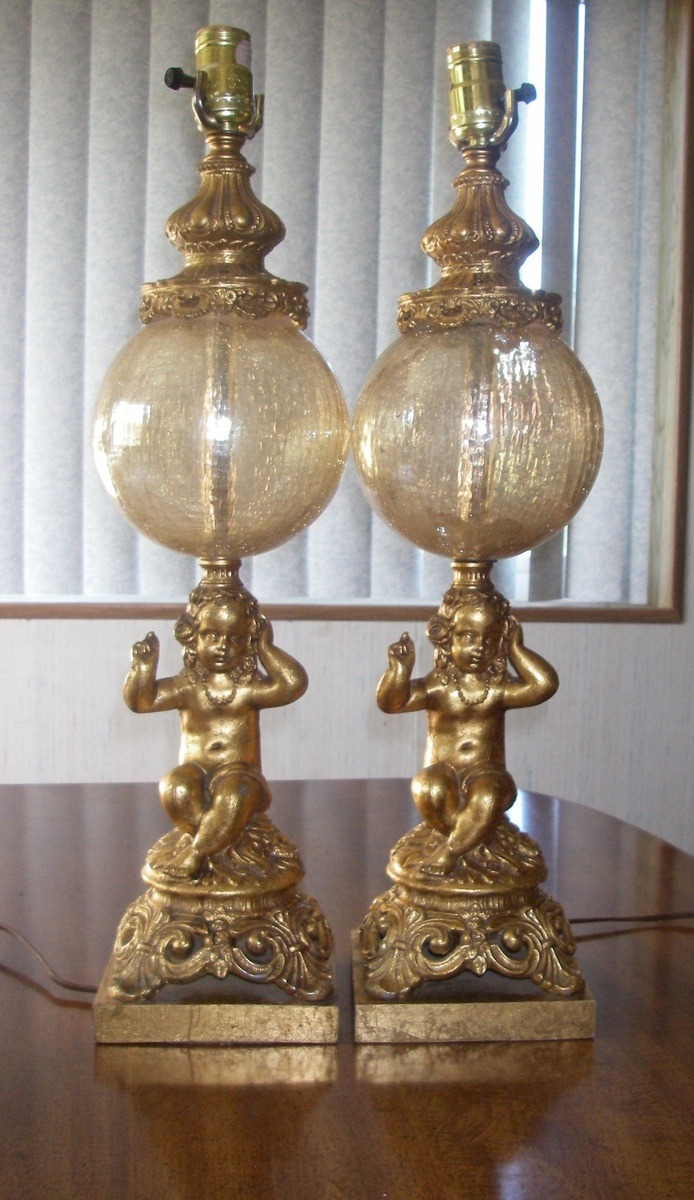Picture of: Pr Of Vintage Cherub Table Lamps With Crackled Glass Globes Collectors Weekly