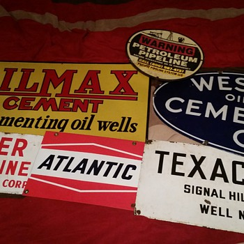 Oil field porcelain signs. - Petroliana