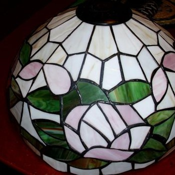 leaded glass lampshade ? - Lamps
