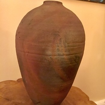 Unusual vintage / antique vase - Pottery