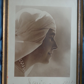 Two signed Queen Marie of Romania, Guggenberger-Mairovits - Photographs