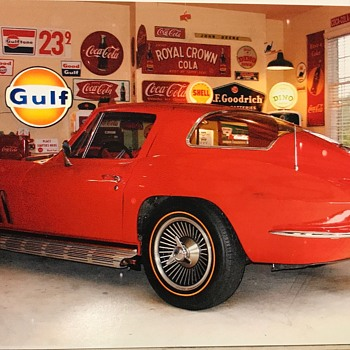 1966 Corvette 427 / 425 hp coupe , red/red. 4 speed ...2017 grand sport 376/460hp 7 speed  - Classic Cars
