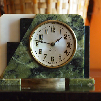 Sessions Mable Art Deco Table clock, 1935-45