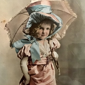 Lovely old picture - Photographs