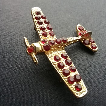 WW2 style plane brooch  - Costume Jewelry