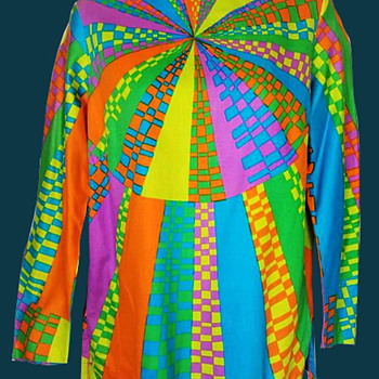 1960s Rainbow Psychedelic Hippie Spiral Tunic - Womens Clothing
