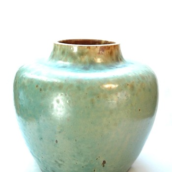 early leon elchinger vase circa 1895 - Pottery