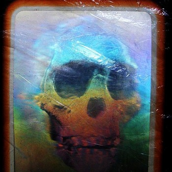 1985 NATIONAL GEOGRAPHIC MAGAZINE - SKULL HOLOGRAPH