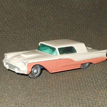 Post Modern Model Matchbox Monday MB 75A Ford Thunderbird 1959-1962 - Model Cars