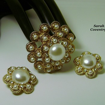 Sarah Coventry Brooch Set - Moonlight - Costume Jewelry