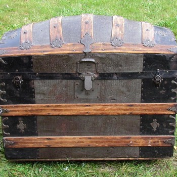 "1885-1890's  33"" Ornate Cross slat Barrel Top Trunk    - Furniture"