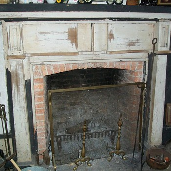 Fireplace mantle - Furniture