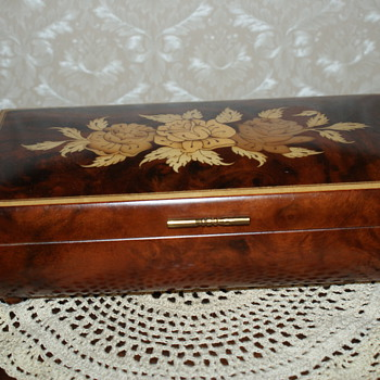 Antique and Vintage Jewelry Boxes Collectors Weekly