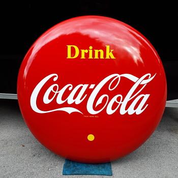 """1966 P&M Canada 48""""  Coca Cola button - Coca-Cola"""