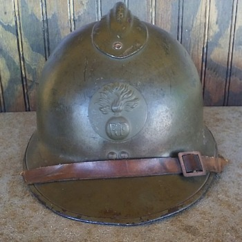 WW2 FRENCH M26 ADRIAN STEEL HELMET - Military and Wartime
