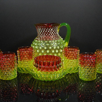 Hobbs Brockunier Rubina Verde Dewdrop water set - Glassware