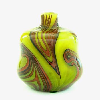 A Tiffany mineature - Art Glass