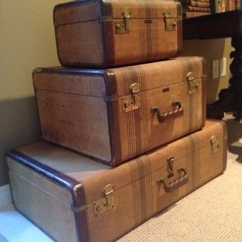 Three-piece Loyal luggage set, mid 20th century - Bags
