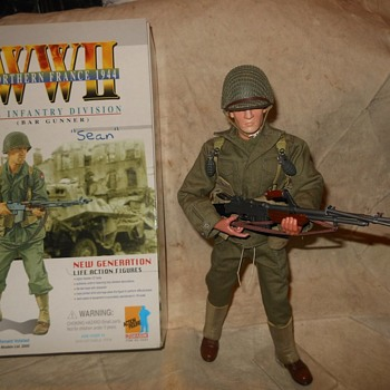 "Dragon Models 9th Infantry Division B A R Gunner ""Sean"" - Military and Wartime"