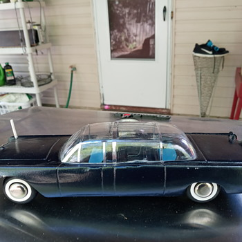 Early 60's SS-X-100 Kennedy Limousine - Model Cars