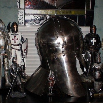 Knight Collection And Norman Helmet Reproduction - Military and Wartime