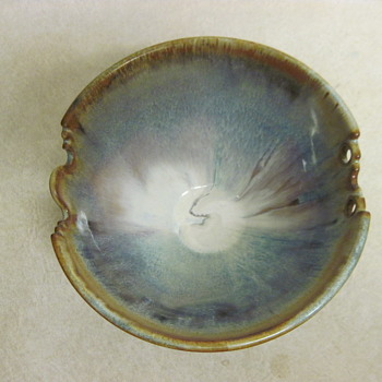 "Beautiful 6 1/2"" Signed By Artist Drip Glaze Bowl - Pottery"