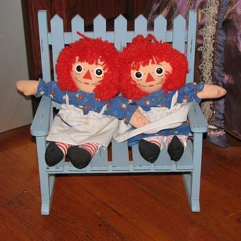 Twin Raggedy Anns - Dolls