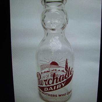 PURCHADE DAIRY...MIDDLEBORO MASSACHUSETTS....QUART BABY TOP MILK BOTTLE - Bottles
