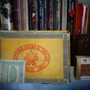 Boxes of the Chilean tobacco company - Tobacciana