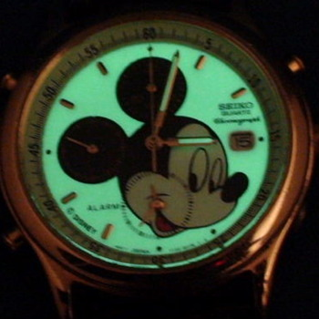 THE SEIKO MICKEY MOUSE CHRONOGRAPH WATCH 1994 - Wristwatches