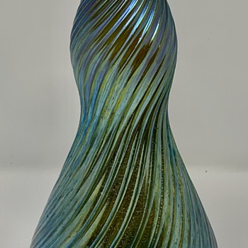 "Loetz Vase, ""Gerippt & Gedreht"" (Ribbed & Twisted), PN unknown, ca. 1903 - Art Glass"